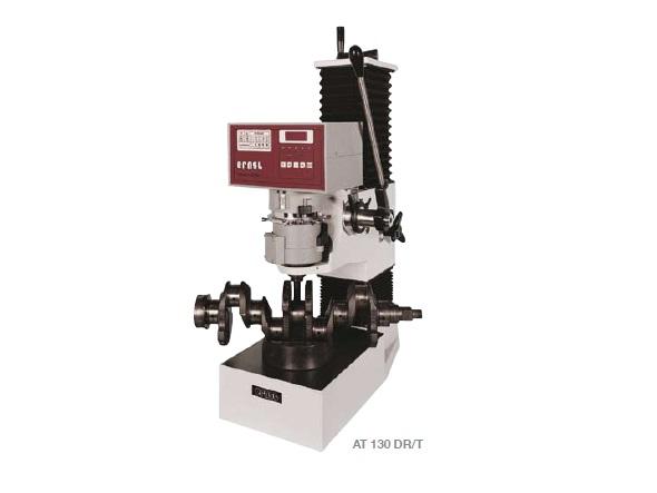 AT 130 keménységmérő gép