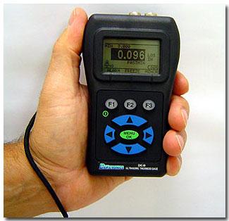 Danatronics EHC 09DL adattárolós UH falvastagságmérő