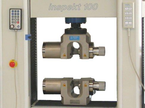 Aszimmetrikus működésű hidraulikus befogók