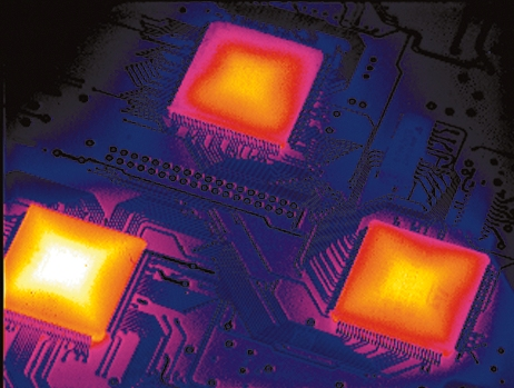 Mikroelektronikai alkatrészek, nyákok termográfiai vizsgálata
