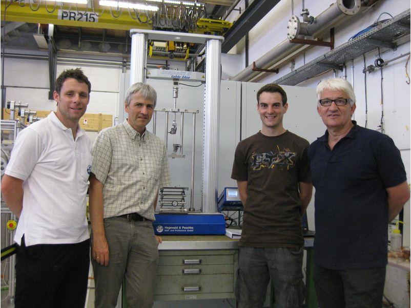 5kN-os H&P szakítógép üzemel a CERN-ben